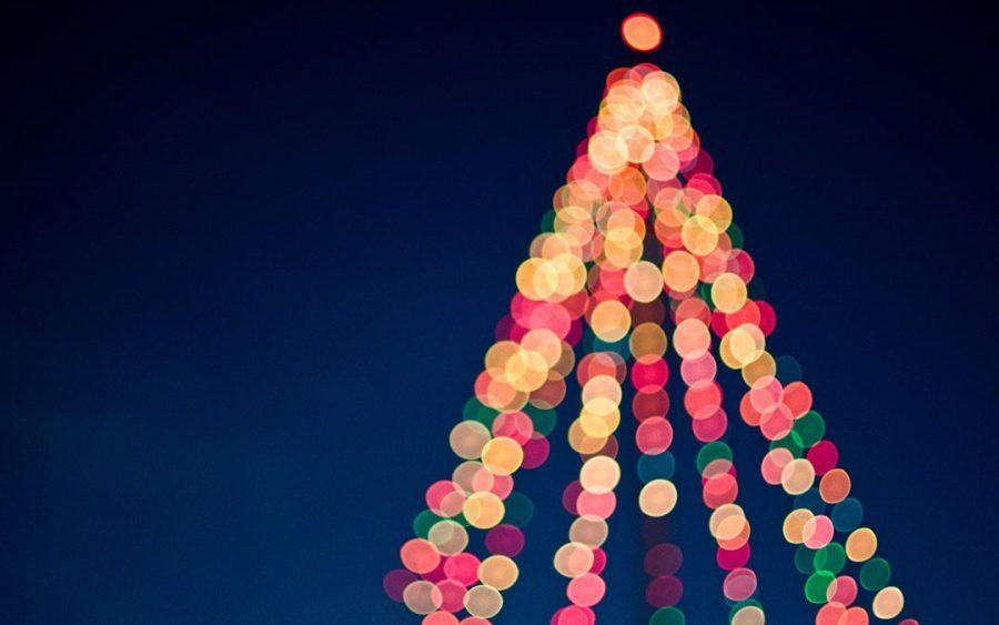 Foto Con Luci Di Natale.Con Un Giorno Di Ritardo Si Accendono Le Luci Di Natale Il